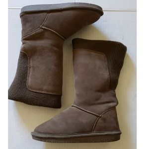 BearPaw Brownish Olive Green Suede/Knit Boots